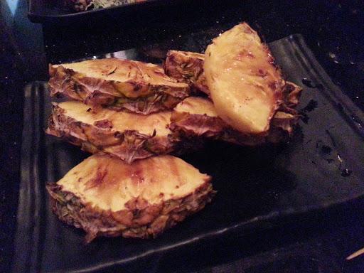 燒菠蘿多汁甜美,值得一試!