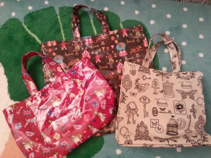 Harrods自己設計的袋