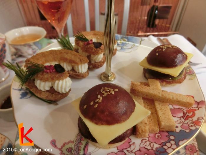 甜品漢堡包 (sweet burger),榛子法式泡芙 (Cuisson praline eclair)