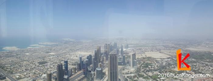 圖片中央的區域就是DIFC (Dubai International Financial Centre),是一個自由貿易區,有獨立的司法體系。